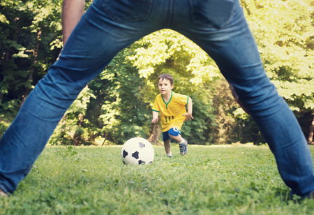 picture of dad and son football