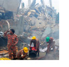 Bangladesh factory collapse: 'Very little hope' of finding more survivors - Today's news, tomorrow's lesson - 26 April 2013
