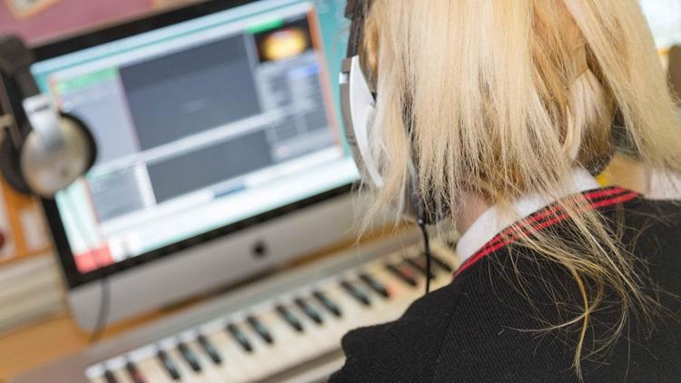 Ofsted blog, Music in schools: where words finish, music begins