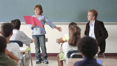 """Subject Genius, Ms O'Hare, Going old school - learning poems """"by heart"""""""