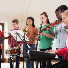 Students at schools in disadvantaged areas are missing out on the chance of studying music A level, research suggests