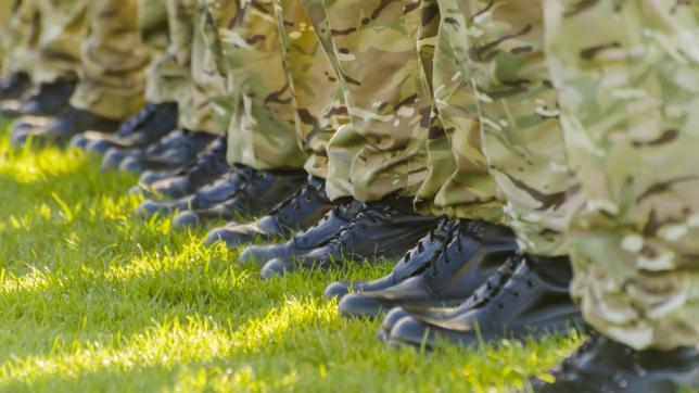 Army boots lining up