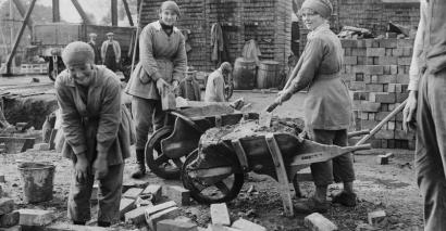 Women in world war one_editorial