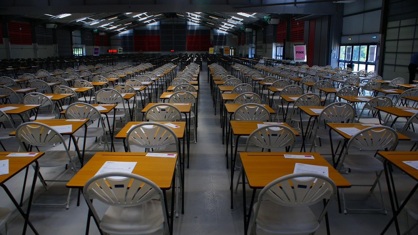 GCSE resit exams progress colleges fail FE