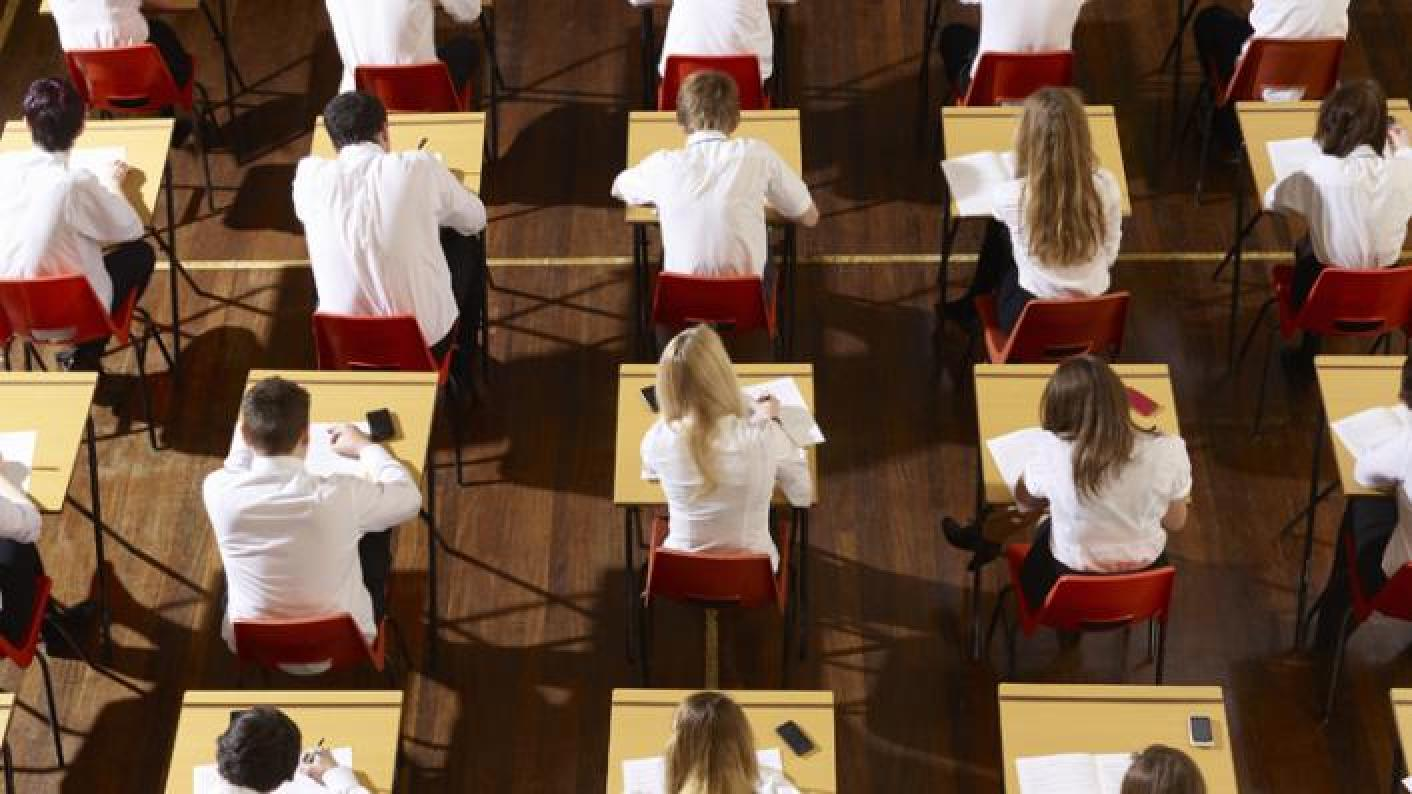 Robert Halfon, chair of the Commons Education Select Committee, has suggested scrapping GCSEs