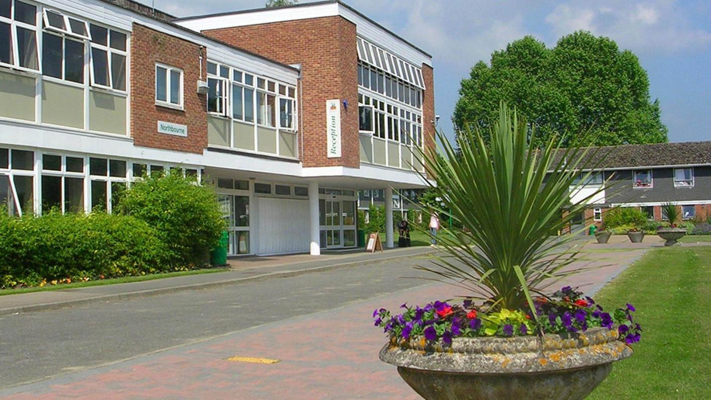 The FE commissioner's team has published its report into Hadlow College Group
