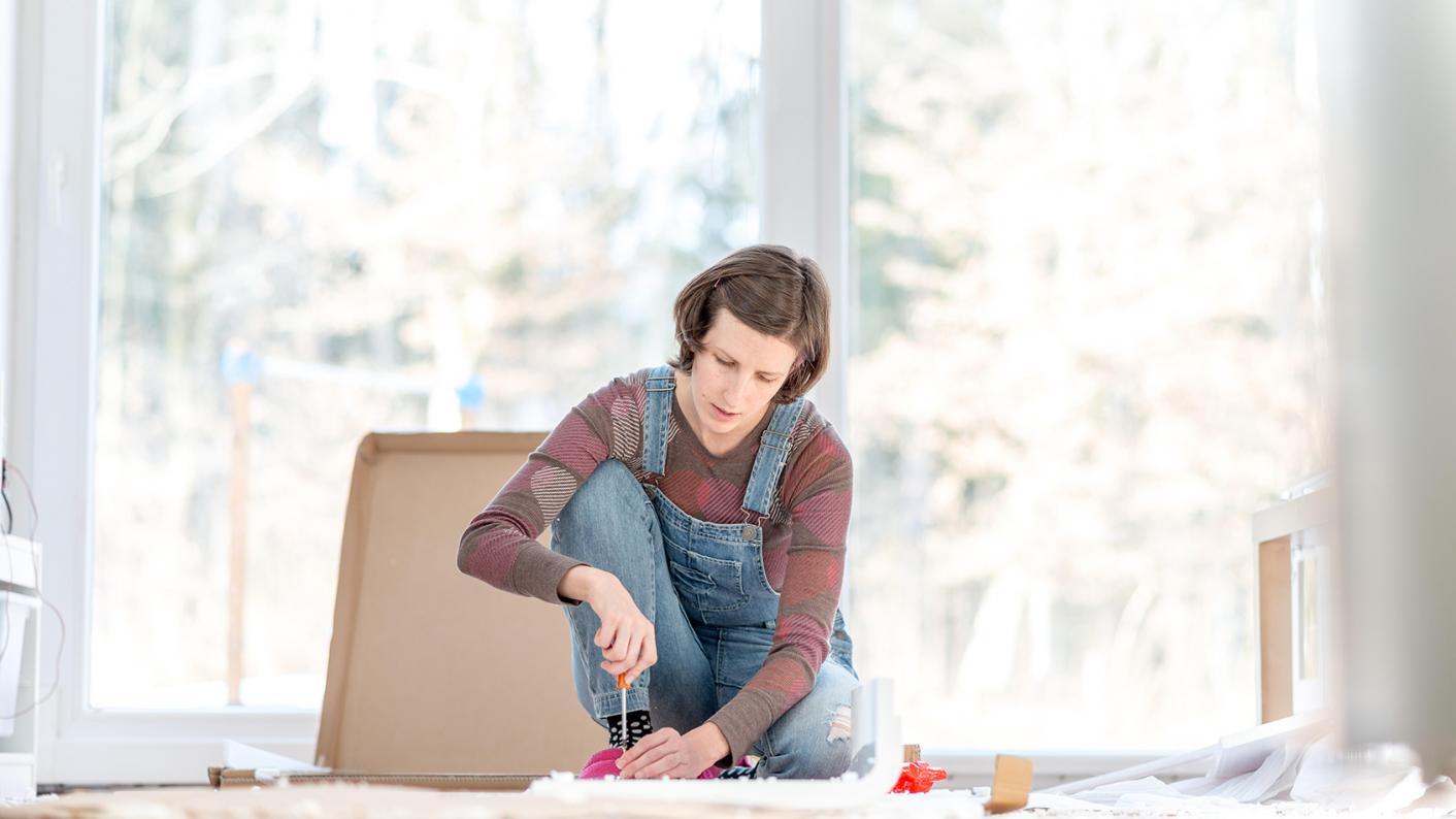 How to create the perfect teacher desk