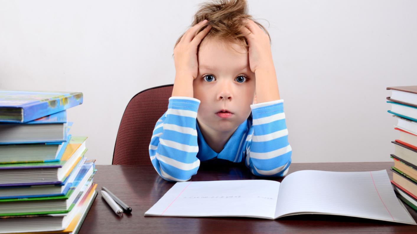 I to do my homework at six oclock yesterday