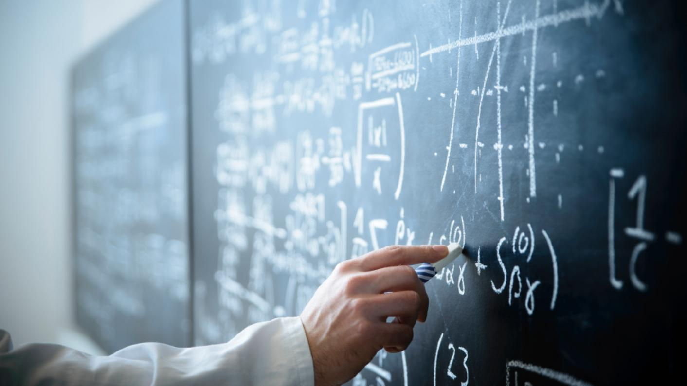 Smith report: Maths to 18 is \'unrealistic\' owing to teacher ...
