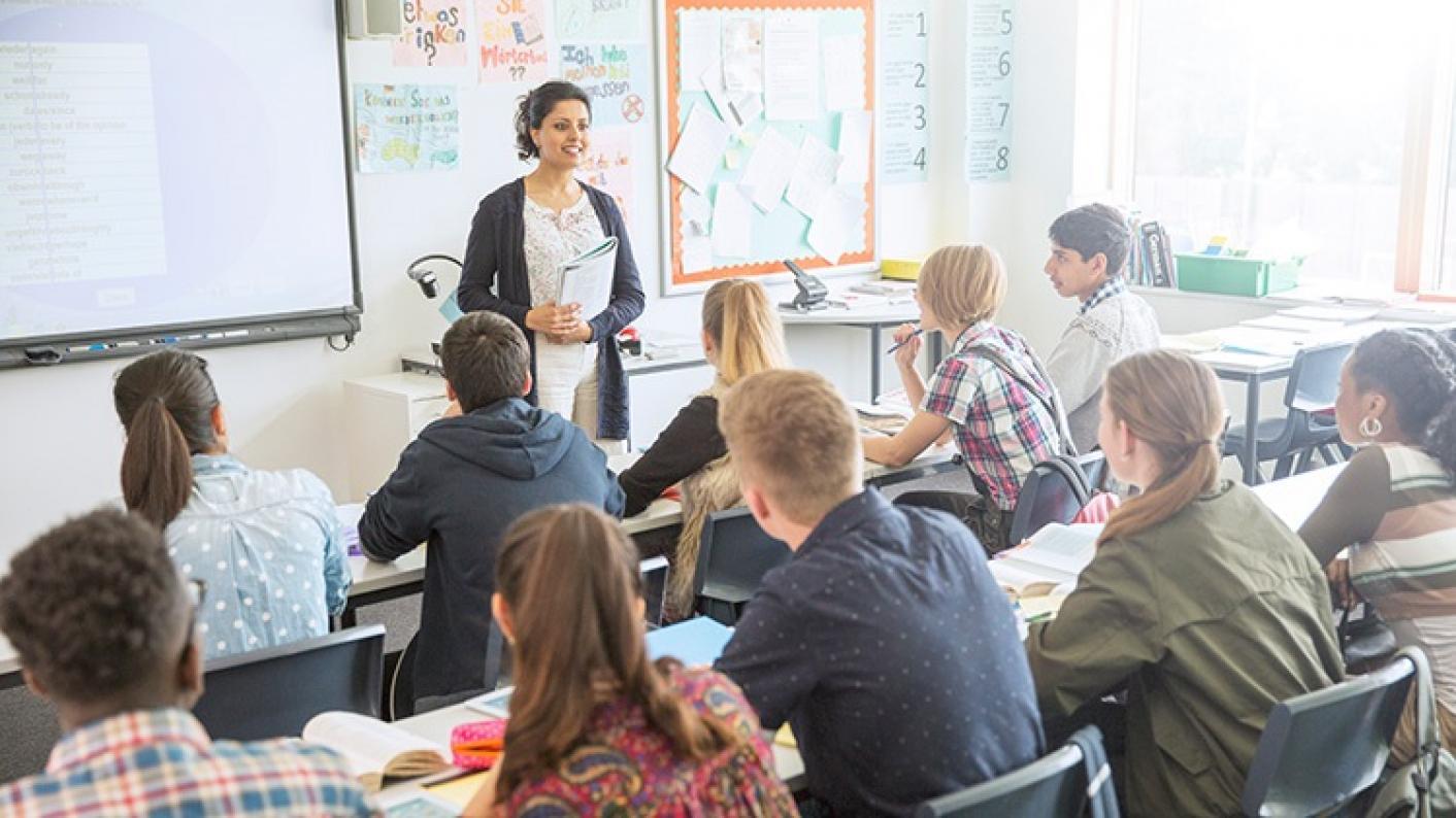 Who should decide how teachers teach?